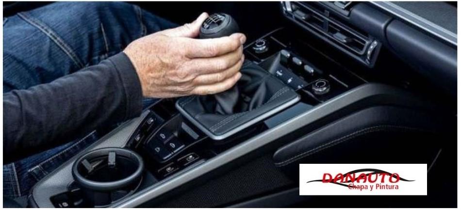 Malos hábitos que pueden perjudicar a nuestro coche